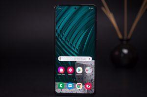 samsung galaxy a51 inceleme 9 300x198 - Samsung Galaxy A51 İnceleme
