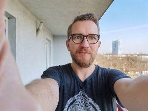 P40 Pro Kamera Selfie On Kamera 300x225 - Huawei P40 Pro İnceleme